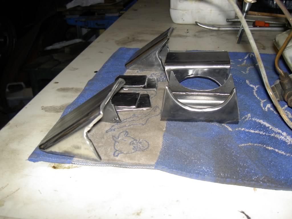 Des freins à disques pour nos Serie.... PICT0511