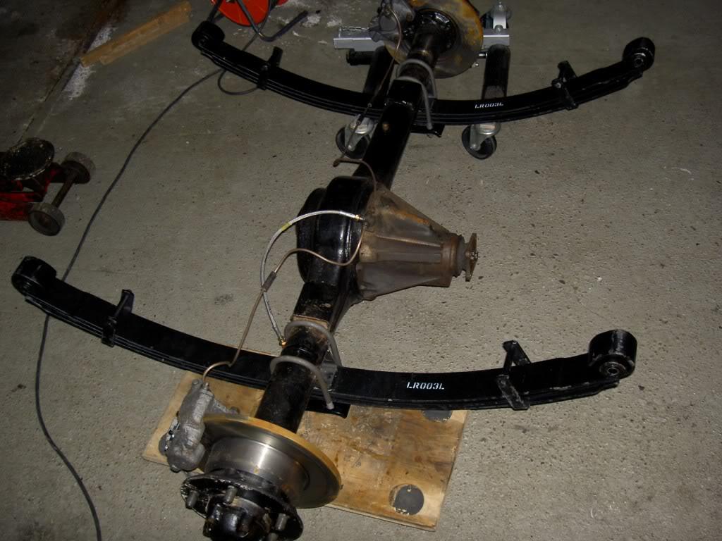 Des freins à disques pour nos Serie.... PICT0543
