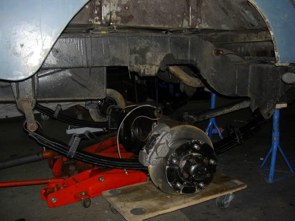 Des freins à disques pour nos Serie.... PICT0544