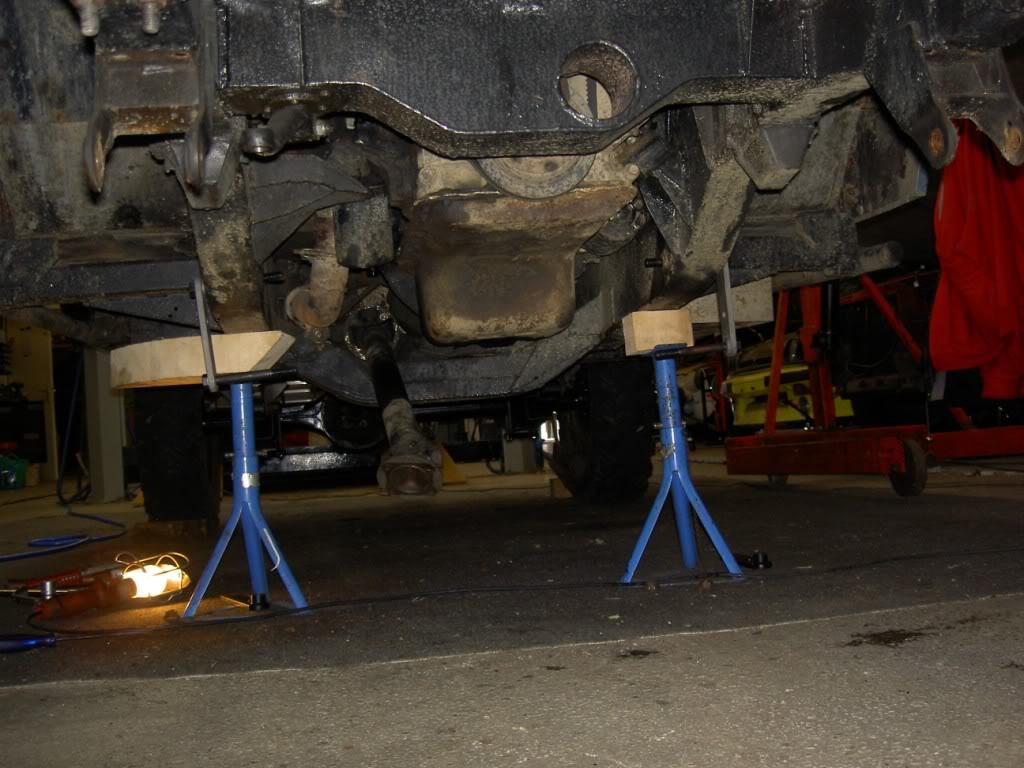 Des freins à disques pour nos Serie.... PICT0564