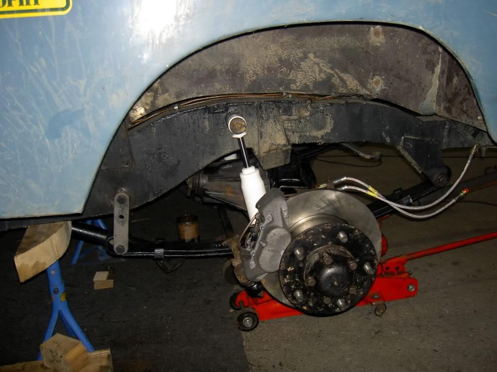 Des freins à disques pour nos Serie.... PICT0572