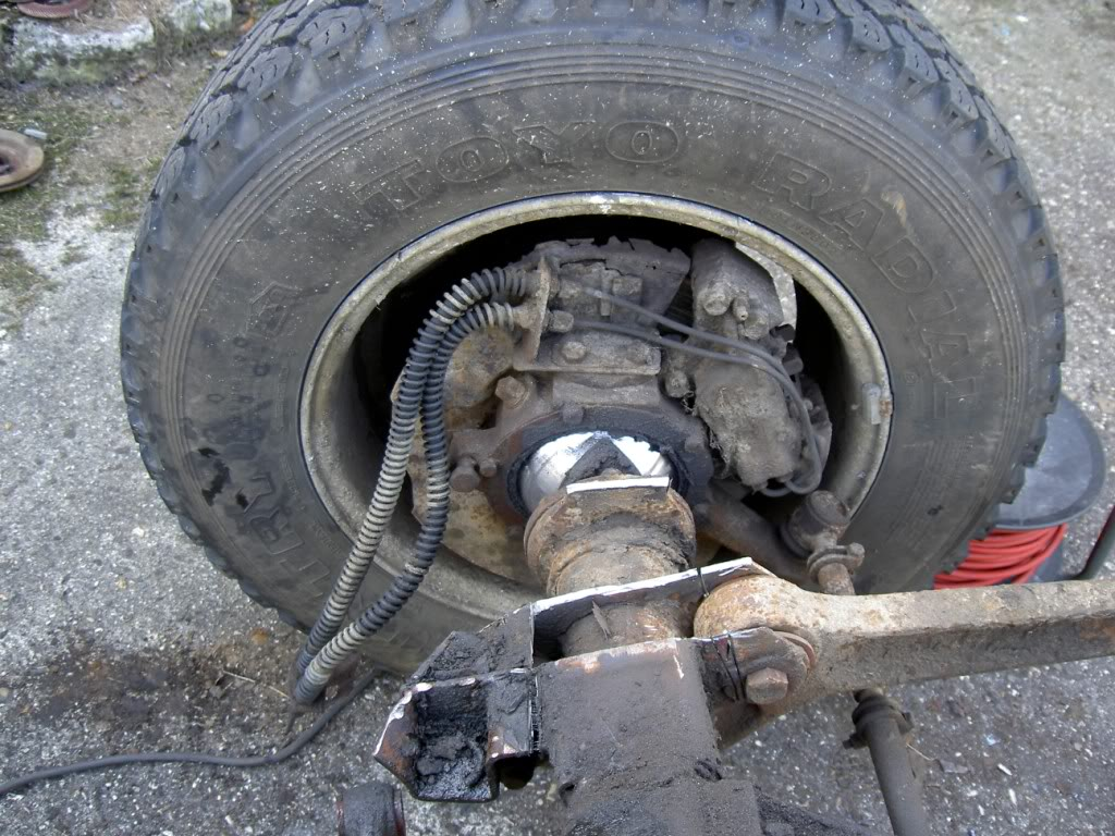 Des freins à disques pour nos Serie.... PICT9874