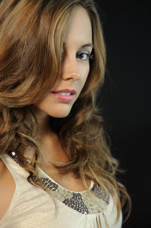 Maria Elisa camargo/მარია ელისა კამარგო 941b14a65ee40e3ad85b1aa4768e732f