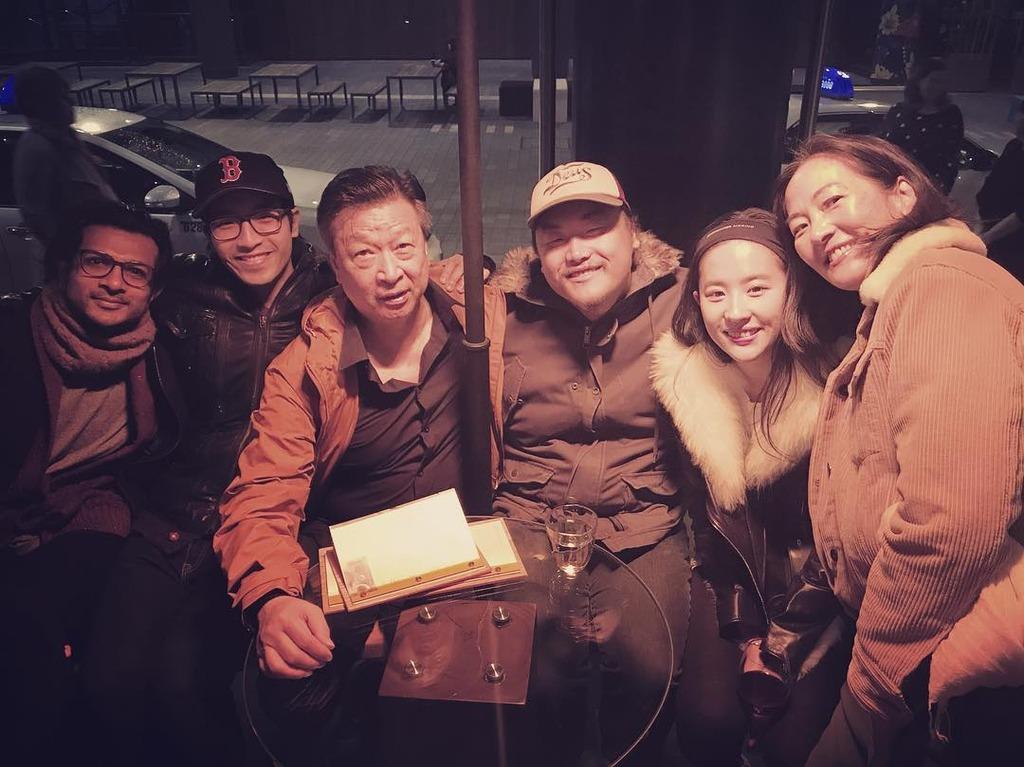 รวมภาพนักแสดง และทีมงานผู้สร้าง กองมู่หลาน 88384_zpsol8nugnw