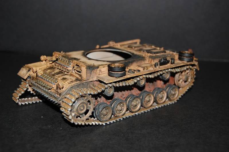 Flampanzer III (Dragon, 1/35) Debutpatinecaisse