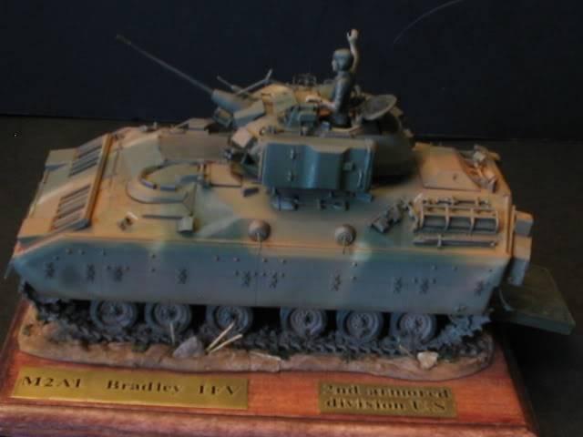 M2A1 Bradley M2a1socle