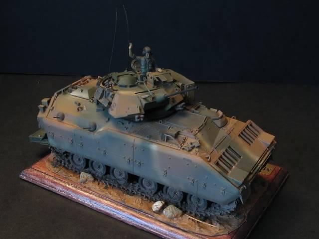 M2A1 Bradley M2a1socle2
