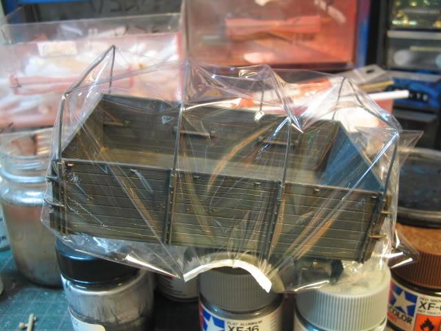 Fabrication d'une bâche (déroulée) au 1/35 Saranwrap