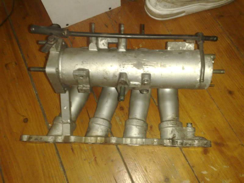 CULTUS INLET MANIFOLD AND PISTONS 18092009352