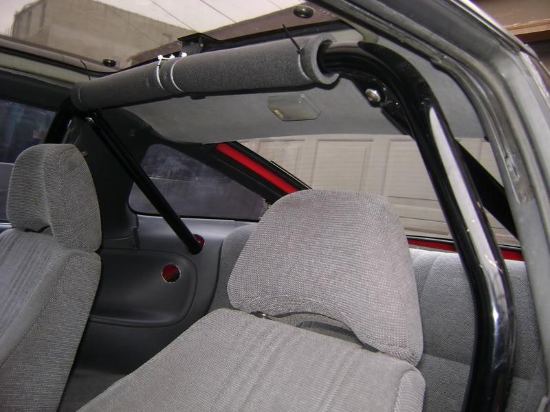 Roski's halfassed car. . DSC00353