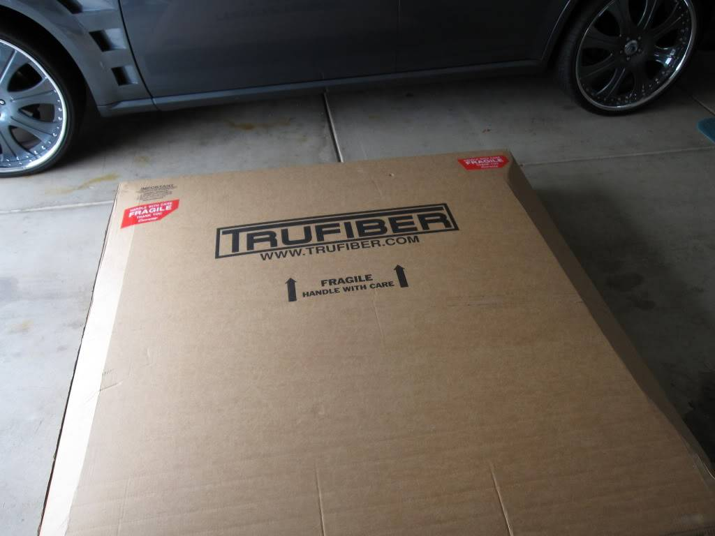 Got my Magnum/Challenger hood today. WooHoo!!!..................... IMG_3040