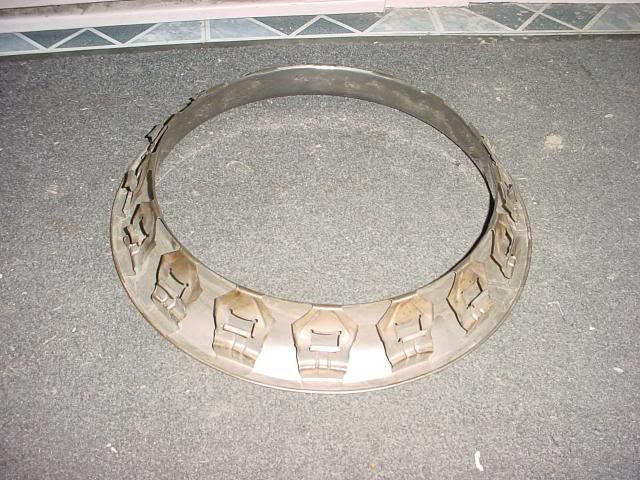"""Recherche 1 trim ring 15"""" 1erjournedequilleVincent070"""
