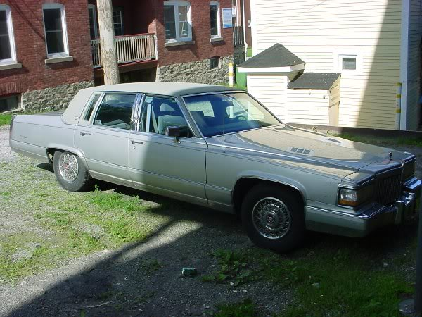 Caddy 85 1500$ Broughamdelegance
