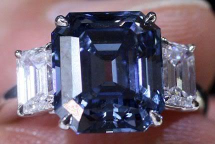 LAS JOYAS MÁS HERMOSAS DEL MUNDO - Página 38 Bluediamond-diamanteazul