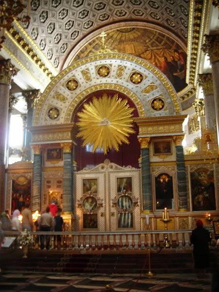 Diversos temas de la Rusia Imperial - Página 28 Iconostase_of_Kazan_Cathedral