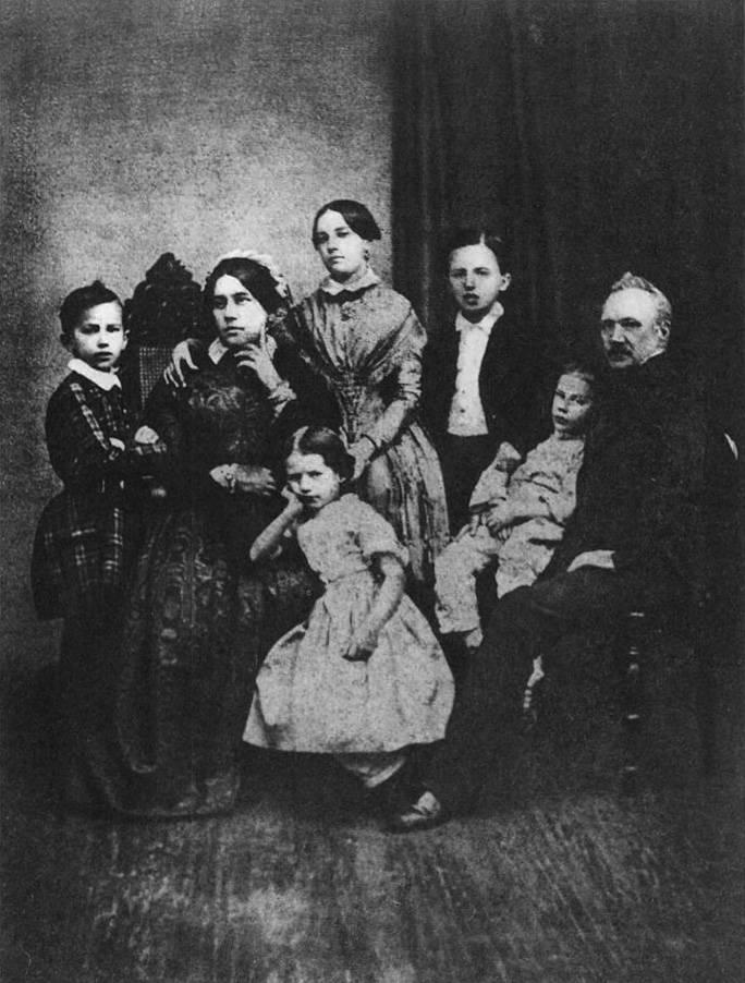 Diversos temas de la Rusia Imperial - Página 20 Familia
