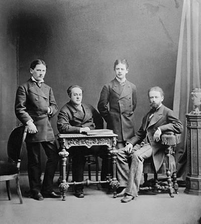 Diversos temas de la Rusia Imperial - Página 20 Tchai_image_brothers