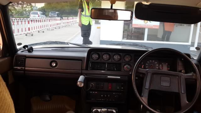 My Volvo 240 GL 1987 Goldie 20131009_163730