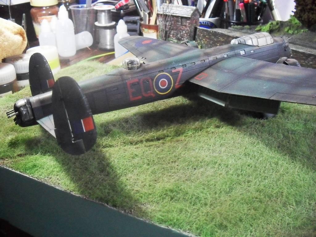 Airfix Avro Lancaster B.II SDC14112_zpsynecgsek