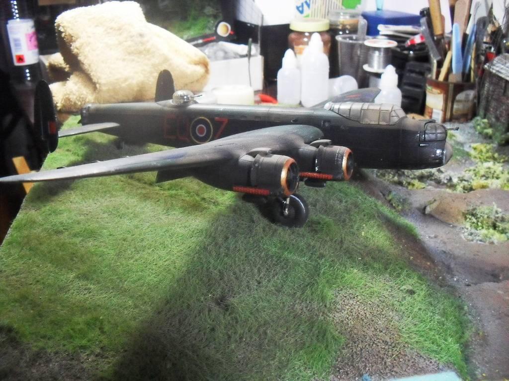 Airfix Avro Lancaster B.II SDC14113_zpsnu9jimgx