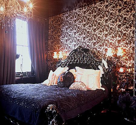 Habitacion de Ivan Gothic_bedroom