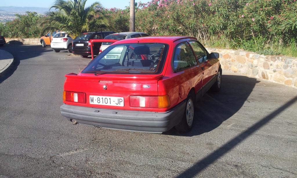 [Vendo] Ford Sierra 2.0i S - '89 2012-08-25092724_zpsa72f88da