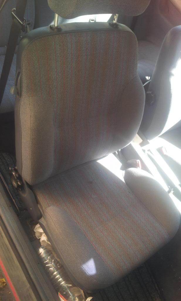 [Vendo] Ford Sierra 2.0i S - '89 2012-10-08145518_zpsa70777bb
