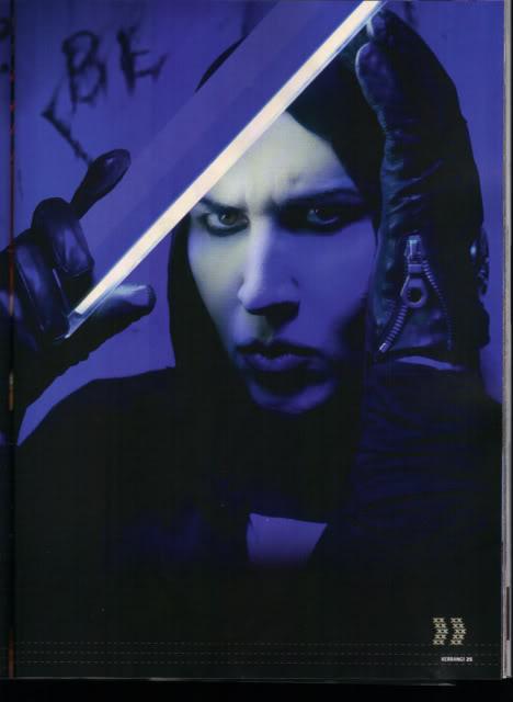 Marilyn Manson Kerrang-MansonFeature4