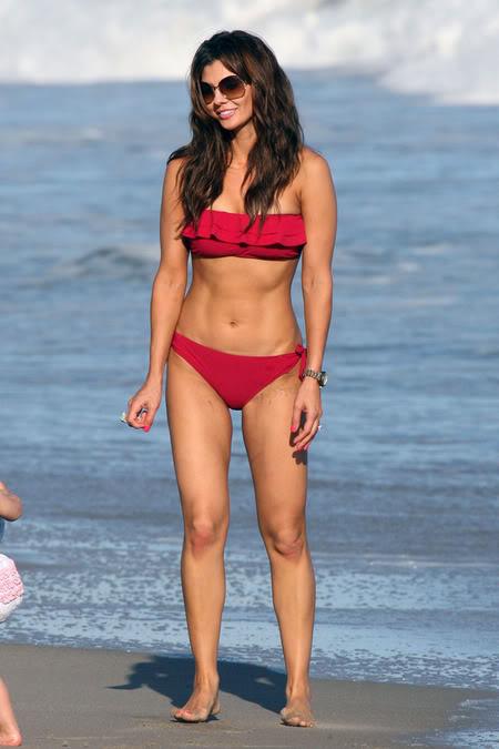 Ali Landry in Bikini 001-3