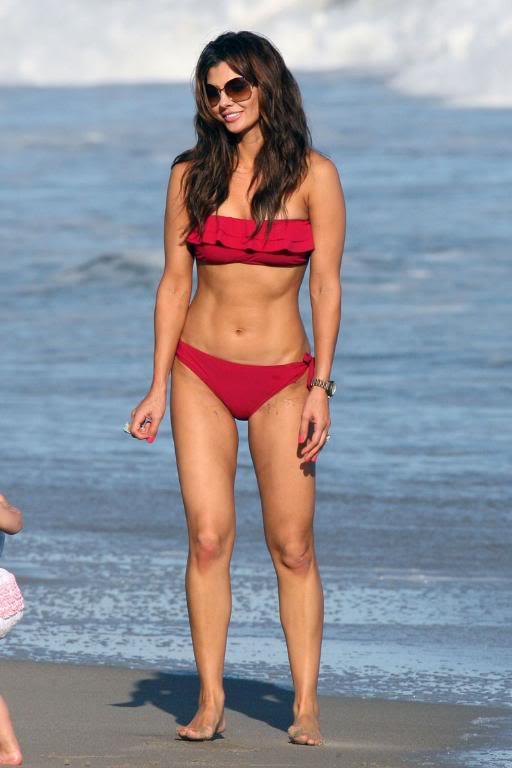 Ali Landry in Bikini 002-3