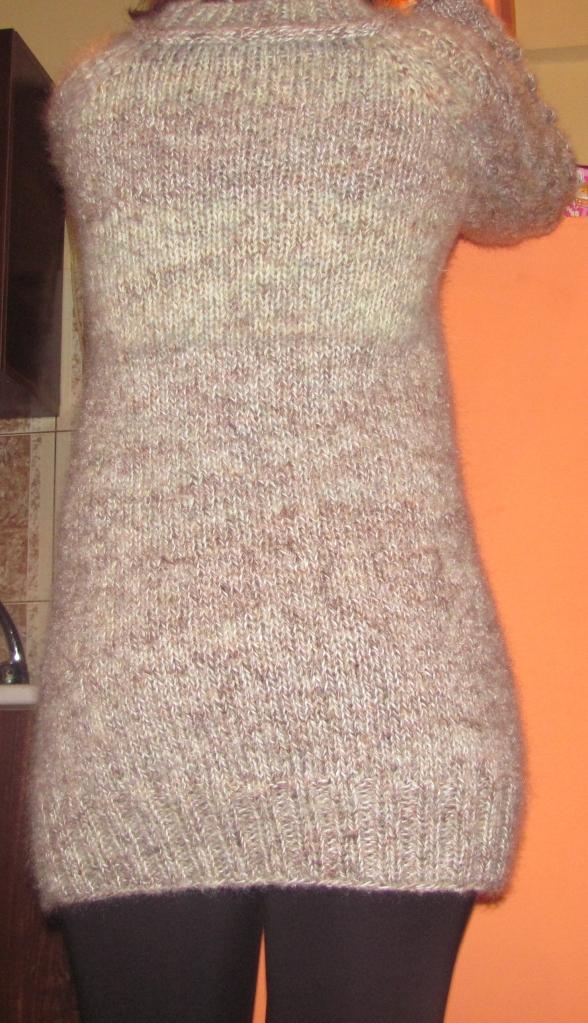 Provocare tricotat nr. 2 - Cadou de Mos Craciun - Pagina 7 IMG_0411