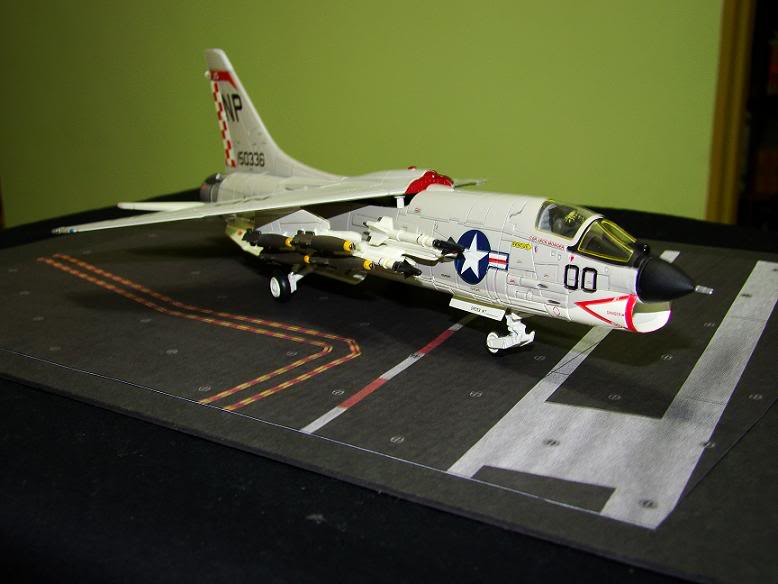 1:72 Scale Aircraft Model (Kits and Diecast) - Page 2 DSC01635