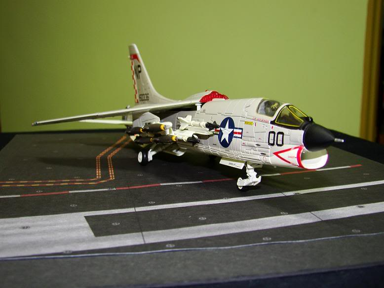 1:72 Scale Aircraft Model (Kits and Diecast) - Page 2 DSC01639