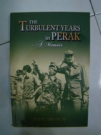 Buku-buku Yang Bercorak Military dan Sejarah DSC02359-a