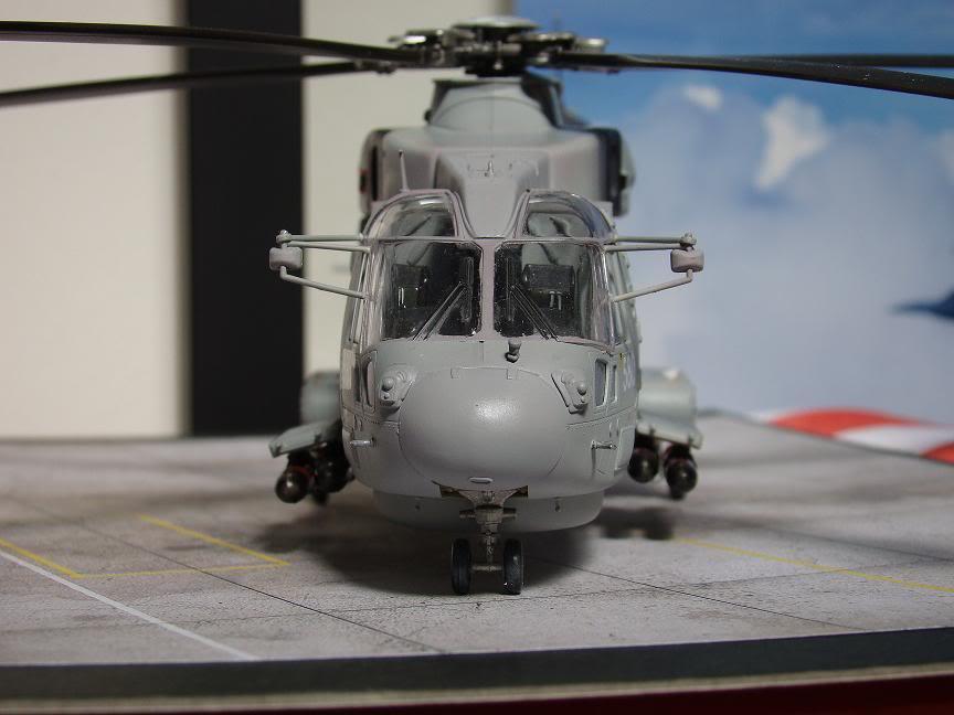 1/72 Merlin HMA.1 UNTUK DIBIDA / DIJUAL DSC02498