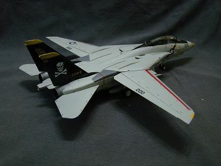 1:72 Scale Aircraft Model (Kits and Diecast) DSC02642-a