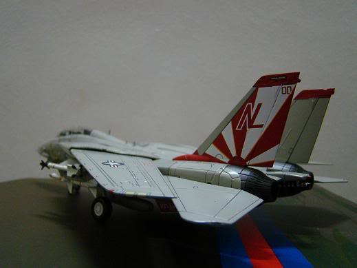1:72 Scale Aircraft Model (Kits and Diecast) - Page 7 DSC02829