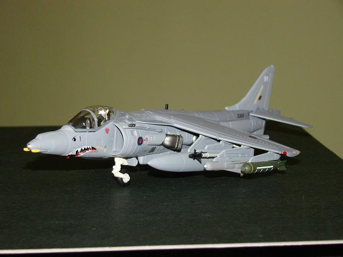 1:72 Scale Aircraft Model (Kits and Diecast) Harrier1
