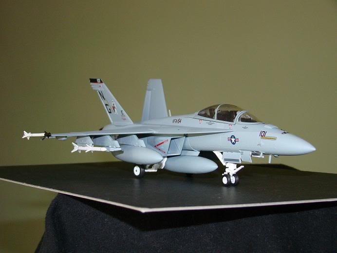 1:72 Scale Aircraft Model (Kits and Diecast) Hornet2
