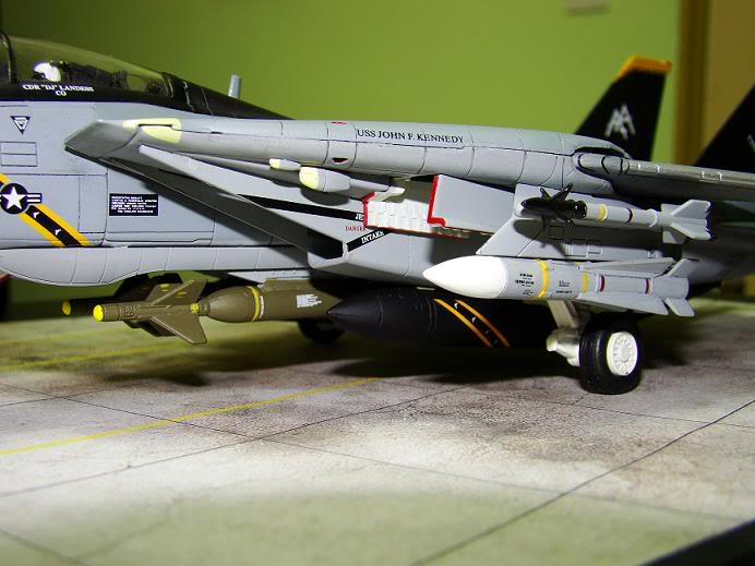 1:72 Scale Aircraft Model (Kits and Diecast) - Page 3 Jr4