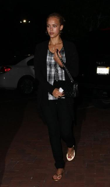 Jessica Alba: Nobu Night Out In L.A Jessica-alba-7109-6preview