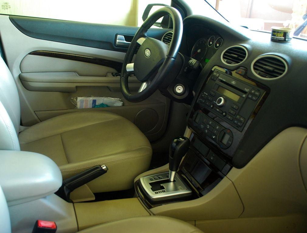 For Sale: FORD FOCUS 2006 GHIA 1.8L Sedan DSC_1844