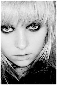 Taylor Momsen TM5