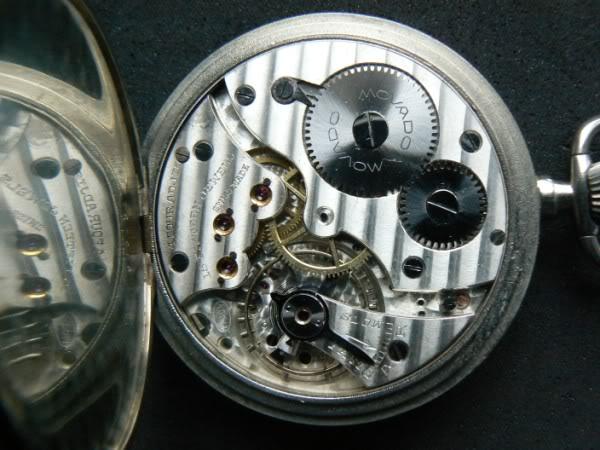 Débutante en montre de poche :) , je cherche à faire un cadeau Movado600x450