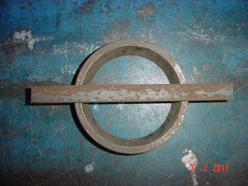 """Doblado de un plano de 1/8"""" x 1/2"""" de canto, con martillo y una base cóncava DSC07054"""