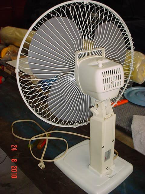 Problema con ventilador de pie DSC06487