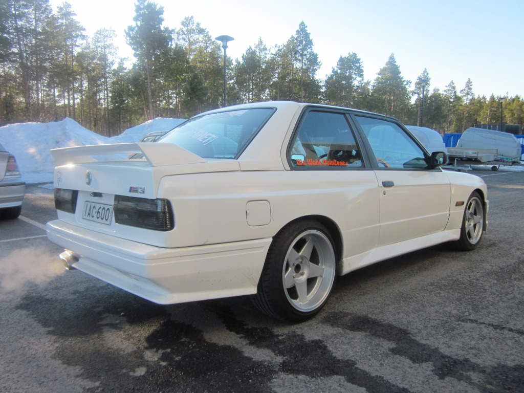 BMW e30 ///M3-look IMG_0010