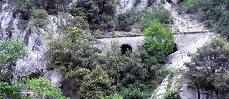 Le Train de l'Aude de l'AP2800 - Page 1 P1070758r_zpssza4bfgi