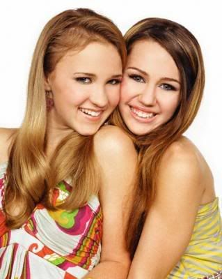The Story of Madison: Book One - Summer Break Mily-miley-cyrus-and-emily-osment-4
