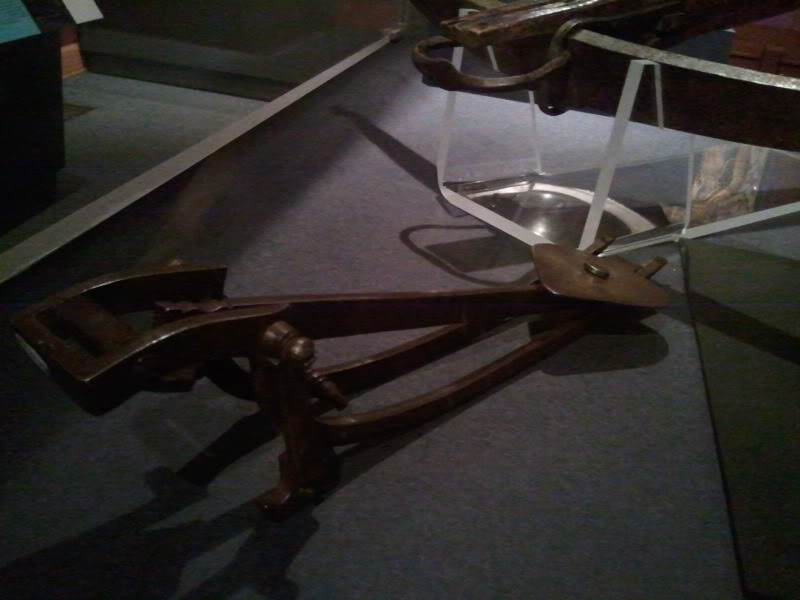 16th Century Spanish Crossbow and Gaffe 2011-04-25115917